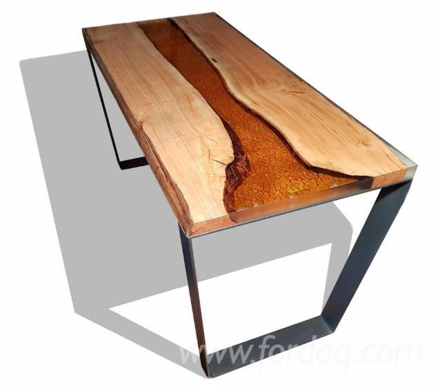 Wood and epoxy resin table - Epoxy tisch ...