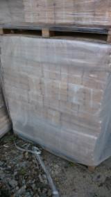 Leña, Pellets Y Residuos Briquetas De Madera - Venta Briquetas De Madera Abedul Lituania