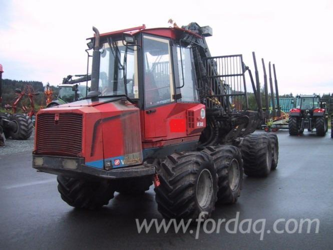 Used-Valmet---20295-H-2002-Forwarder-in