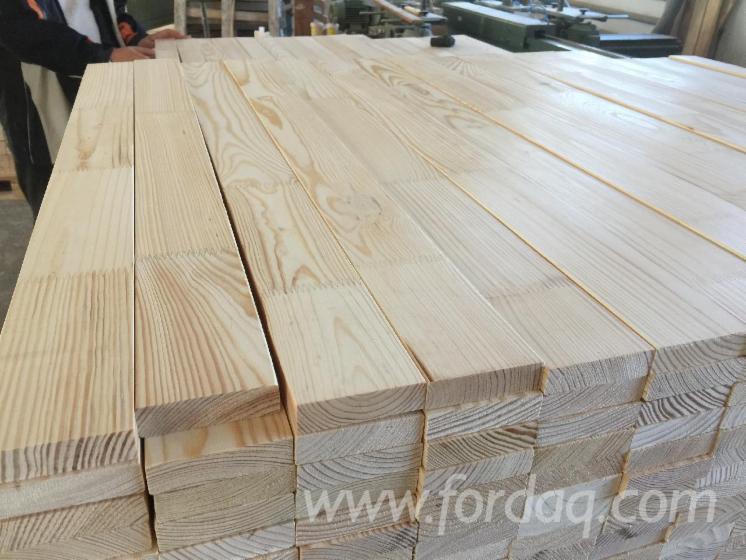 Pine-sawn-timber-kiln-dried-glued