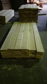 Laubschnittholz, Besäumtes Holz, Hobelware  Zu Verkaufen - Bretter, Dielen, Pappel