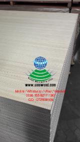 18mm white engineering poplar face plywood for melamine plywood usage