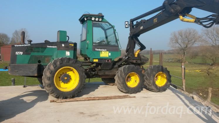 Used-Timberjack-1995-Harvester-in