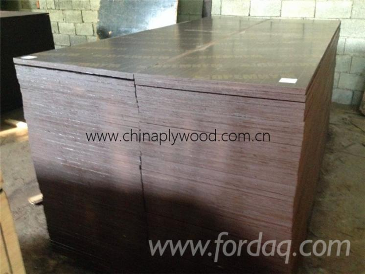 Plywood-%E2%80%93-Kahverengi-Film-Kapl%C4%B1--Kavak