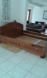 Schlafzimmermöbel Zu Verkaufen Madagaskar - Betten , Traditionell, 35 stücke pro Monat