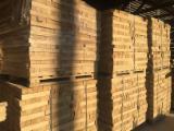 Sciages Et Bois Reconstitués Tilleul Lime Tree - Vend Avivés Tilleul