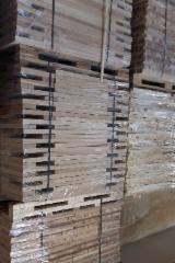ASH WOOD SAWN TIMBER - WHITE AND BROWN