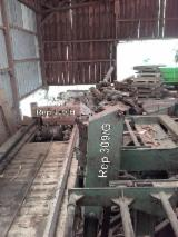 Used MEM Hydraulic Log Saw And Trolley