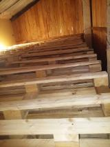Spruce  - Whitewood Pallets And Packaging - Pallet non euro