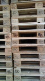 All Coniferous Pallets And Packaging importers and wholesale buyers - Recycled - Used In Good State  One Way Pallet in Italy