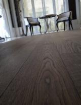 Sprzedaż Hurtowa Zaprojektowanych Drewnianych Podłóg - Fordaq - Orzech Włoski, Deski Klejone Trzyrzędowe