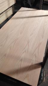 AA Grade Red Oak Veneered Plywood with Hardwood Core E1 Glue