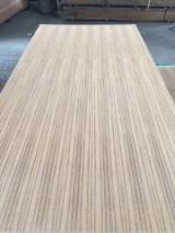 null - 3.2mm Straight Line/Q/C/Rift Cut Teak Veneered Plywood, Teak Fancy Plywood with Hardwood Core