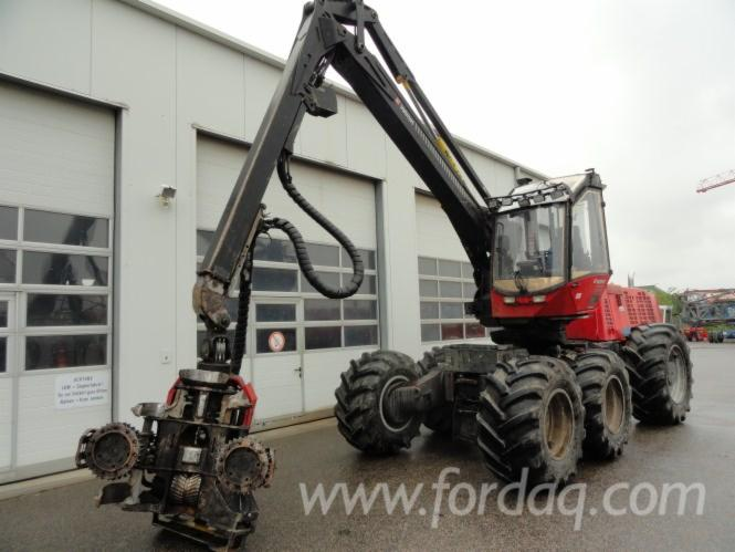 Used-Valmet---13581-H-2003-Harvester-in