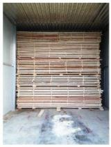 Fir/Spruce Sawn Timber - 20+ mm Kiln Dry (KD) Fir/Spruce in Romania