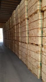 托盘-包装及包装材 欧洲  - Spruce/Pine, 1400 m3 per month