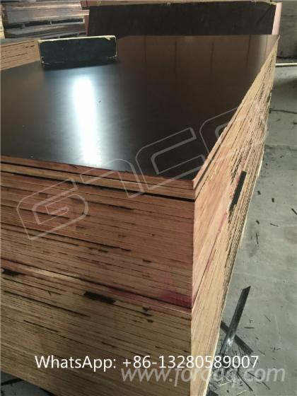 Black-film-faced-plywood--construction-plywood--formply