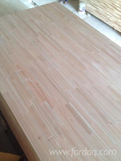 Sapelli wood finger joined laminated board