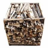 Wholesale Biomass Pellets, Firewood, Smoking Chips And Wood Off Cuts - Firewood/Woodlogs Cleaved -- mm