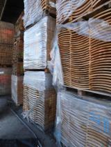 Special curved wood for the production of chairs and armchairs