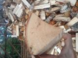 Brennholz Gespalten 10-15 cm