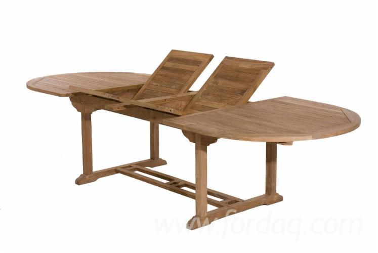Table avec rangement chaise maison design for Table pliante avec rangement chaise
