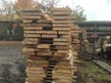 Laubholz  Blockware, Unbesäumtes Holz Zu Verkaufen Rumänien - Blockware, Buche