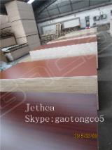 Furniture grade melamine faced plywood
