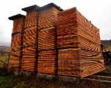 Nadelschnittholz, Besäumtes Holz Lärche Larix Spp. Zu Verkaufen - Bretter, Dielen, Lärche