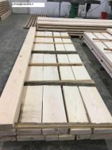 Laubholz  Blockware, Unbesäumtes Holz Gesuche - Einseitig Besäumte Bretter, Esche