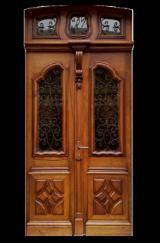 Vrata, Prozori, Stepenice Francuska - Liščari (Evrope,Sjeverne Amerike), Vrata, Orah