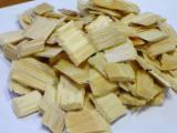 薪炭材-木材剩余物 木片(源自使用过的木材) - 木片-树皮-下脚料-锯屑-削片 木片(源自使用过的木材)