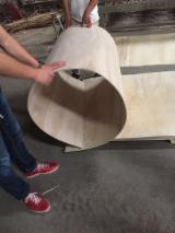 弹性胶合板, 龙脑香木
