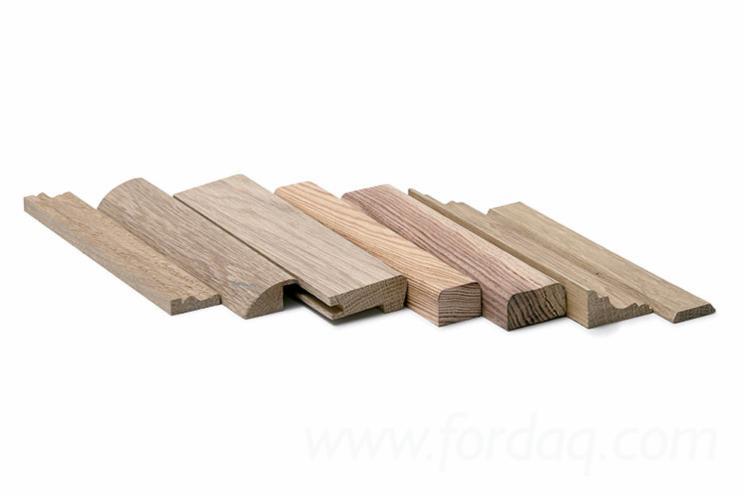 Somos fabricantes de molduras y perfiles en madera maciza for Perfiles de madera