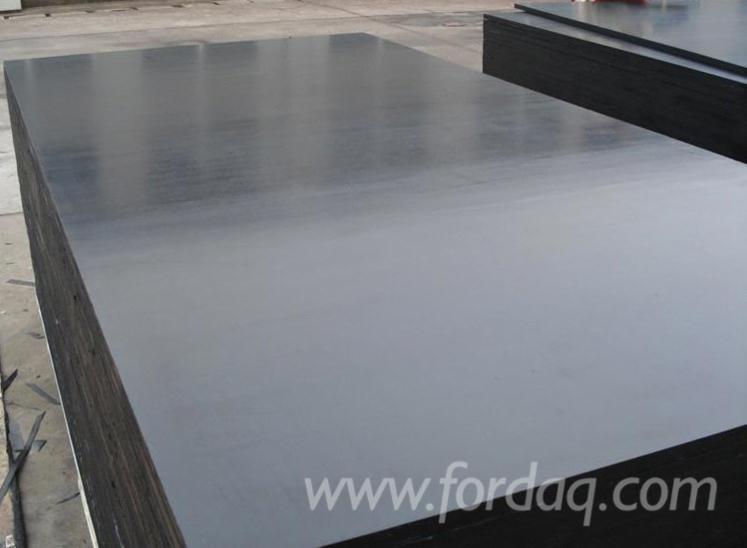 Black-film-faced-shuttering-construction-plywood