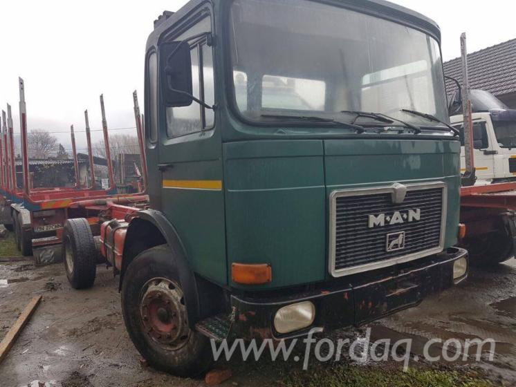 Used-MAN-1990-Short-Log-Truck