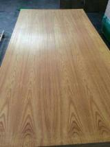 Engineered Panels China - Yellow Rosewood Veneered MDF Board