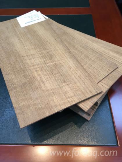 Teak-Veneer-Plywood---Decorative-Veneer