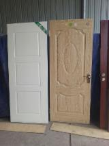 Porte, Finestre, Scale, Persiane e Cofani - Porte ISO-9000 Radiata Pine