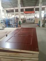 Interior thermal molded door leaf/ wooden door