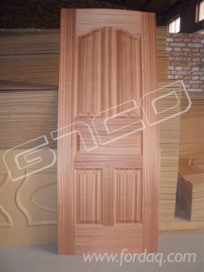 Sapelli-veneer-HDF-molded-door