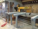 Gebraucht ESSETRE 2011 CNC Bearbeitungszentren Zu Verkaufen Italien