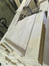 Edge Glued Panels Glued Discontinuous Stave  For Sale - Wood panels , Russian origin, Spruce
