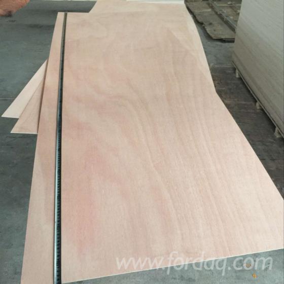 Plain-plywood-door-skin-with-okoume