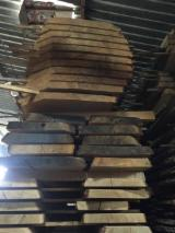 Hardwood  Unedged Timber - Flitches - Boules For Sale - Oak European boules 20-60mm