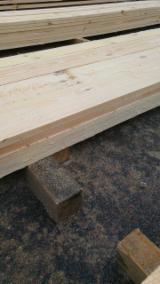 Schnittholz Und Leimholz Kiefer Pinus Sylvestris - Föhre - Kiefer  - Föhre