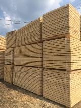 Softwood  Sawn Timber - Lumber Planks Boards - Spruce/Fir quality lumber