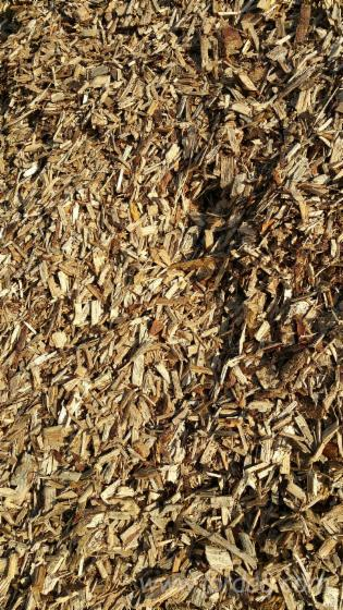Redwood Bark Chips ~ Buyer of pine redwood wood chips from forest france