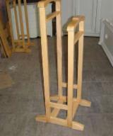 Depozitare - Portmantou lemn masiv - 100 lei