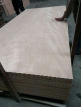 Vender Compensado Natural Okoumé 2.0-25 mm China